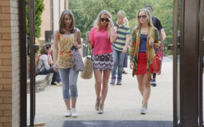 Cara, Quinn and Skylar entering school