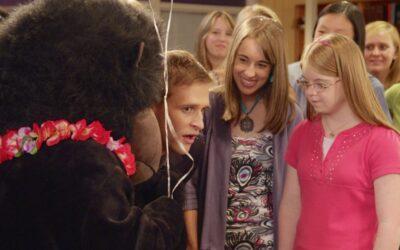 Gorrila with girls
